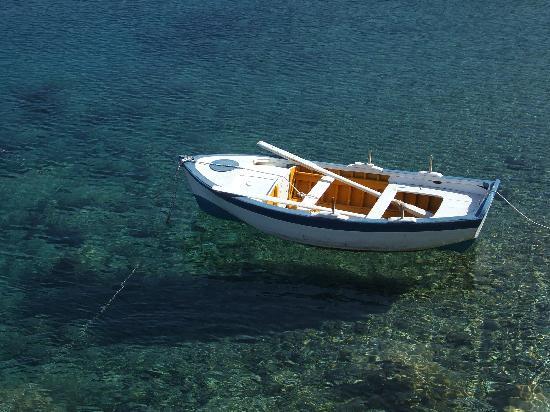 Blue Sky Apartments : Tilos fishing boat