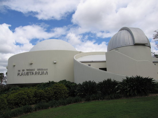‪Sir Thomas Brisbane Planetarium‬
