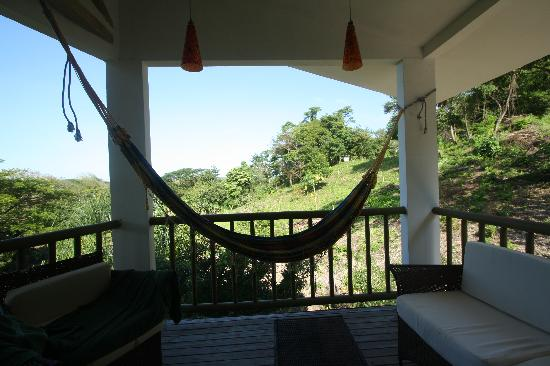 Fuego Lodge: Hammock on the balcony