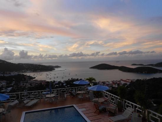 Mafolie Hotel: sunrise view