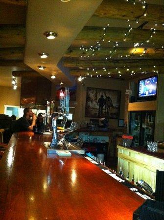 Maxwell's Steakhouse : dinner bar