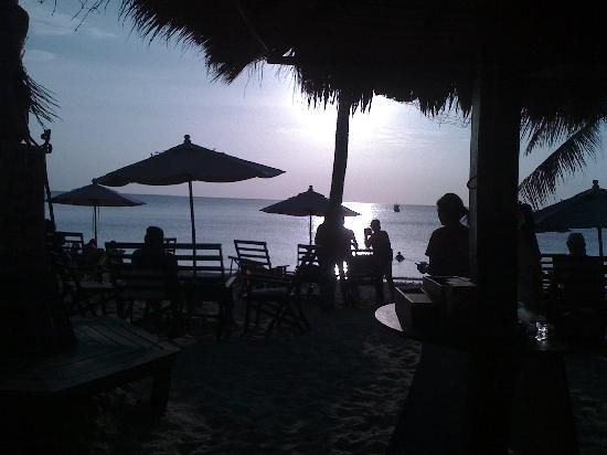 Relax Bay Resort: beach bar
