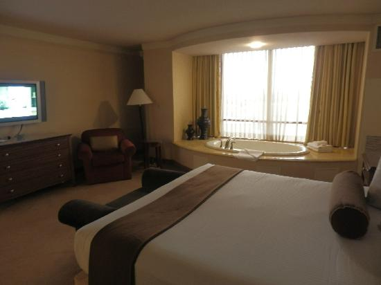 Rio All-Suite Hotel & Casino: Carioca Suite Bedroom