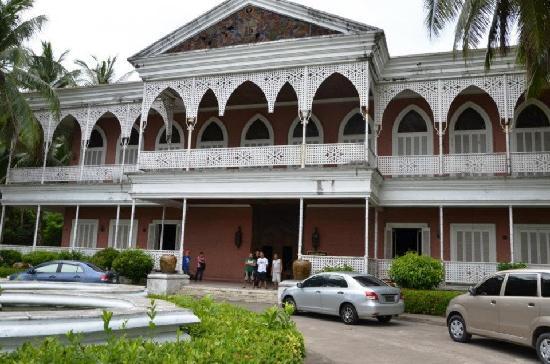 Sto. Nino Shrine and Heritage Museum: the Shrine