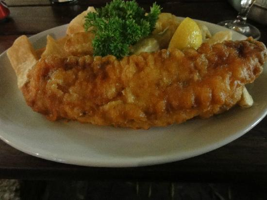 Rock & Sole Plaice: fish (cod) and chips