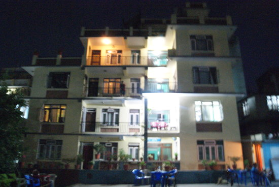 Hotel Kathmandu Garden Pvt.Ltd: Hotel  & Ground