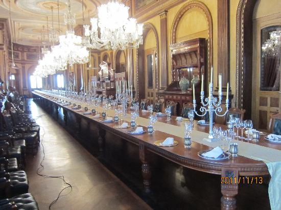 Taj Falaknuma Palace: world's longest banquet table in all its glory