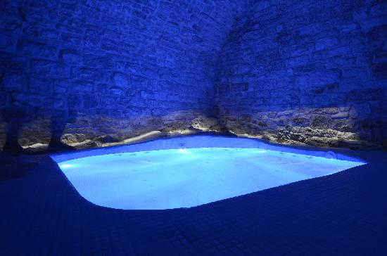 Resort Bufi Private Beach: vasca idromassaggio