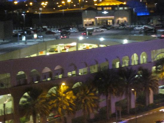 Citymax Al Barsha: hotel view2