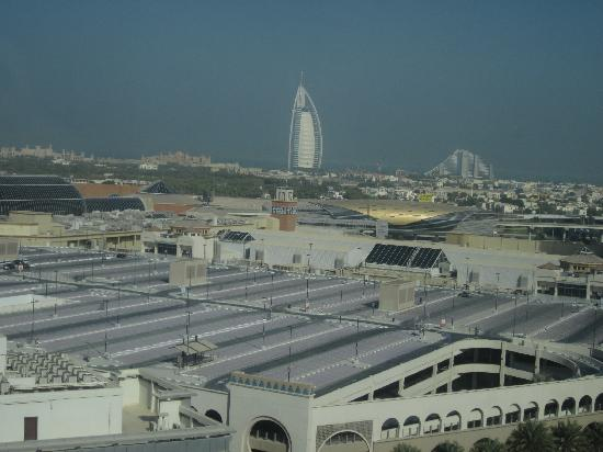 Citymax Al Barsha: hotel view3