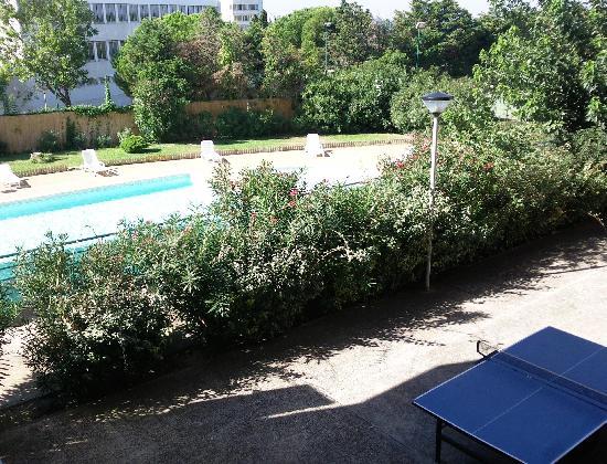 Hotel-Residence les Aiguades : La piscine et les extérieurs