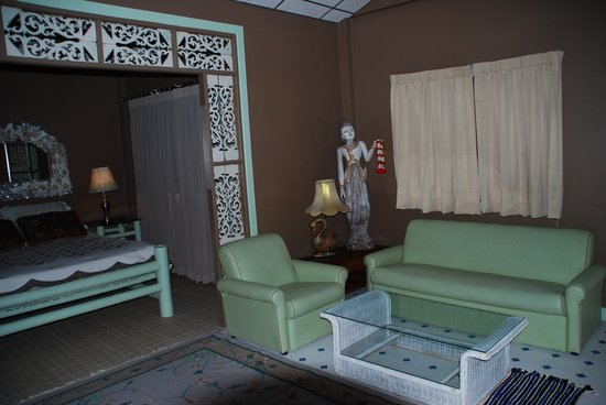 Mairood Resort: Uniquely styled rooms