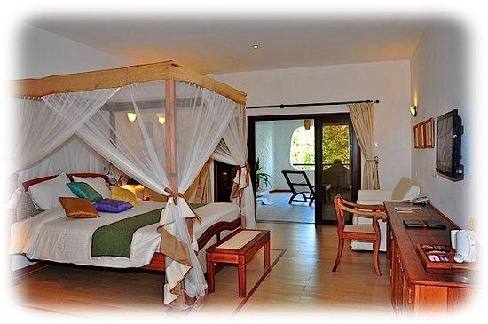 Ocean Village Club: Grand Tropical Room