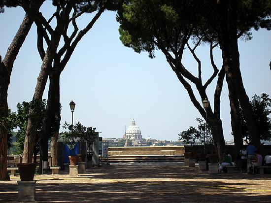 Hotel Villa San Pio: A viewof Rome from the hill