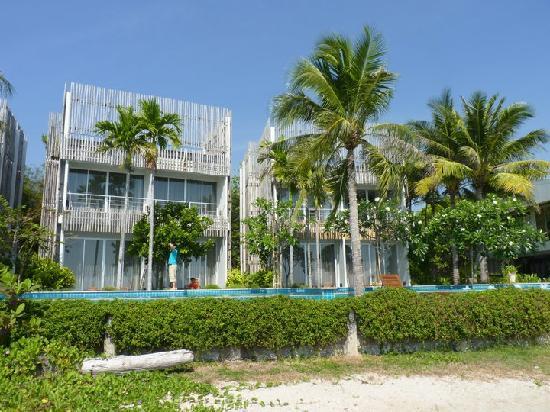 Bari Lamai Resort: view from beach