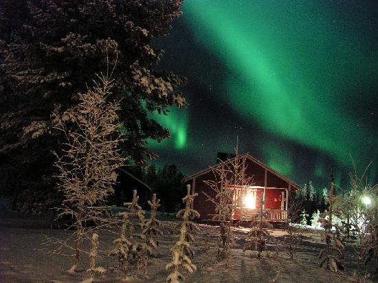 Hotel Seita: Aurora Borealis in cottage area of Seita Hotel, Äkäslompolo