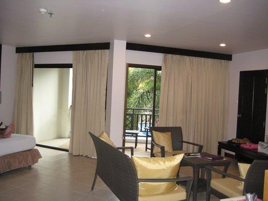 Deevana Patong Resort & Spa : huge room
