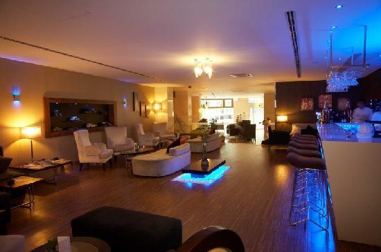 Troya Hotel: hotel troya lobby