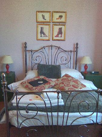 Lichfield House : Wonderfully comfortable bed