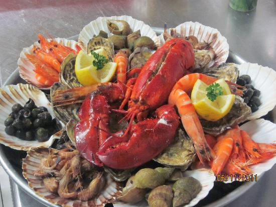 plateau de fruits de mer oc an photo de oh mouettes calais tripadvisor. Black Bedroom Furniture Sets. Home Design Ideas