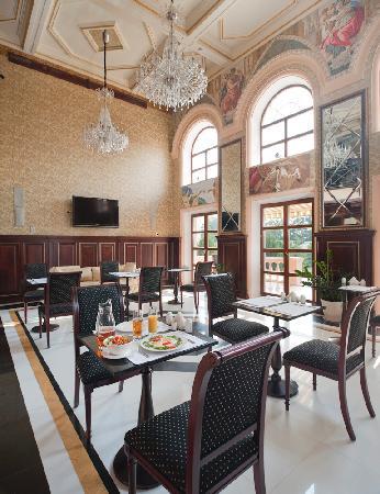 La Gioconda: dining room