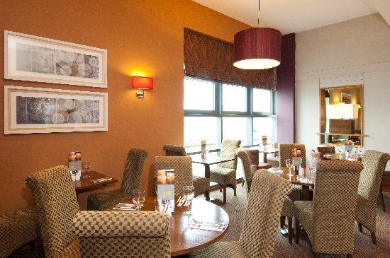 Premier Inn London Wimbledon South Hotel : Thyme Restaurant