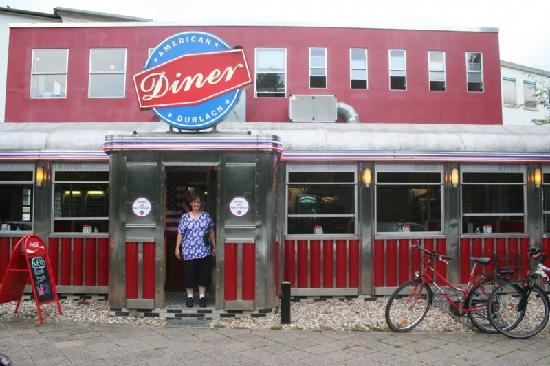 American Diner Durlach: My wife in front of the diner