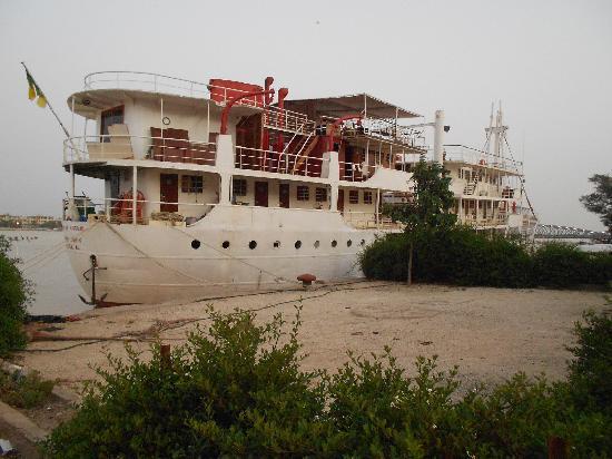 Chambres d'hotes Harmattan : le bateau  de croisiere