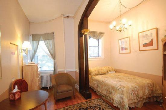 463 Beacon Street Guest House: Room 20