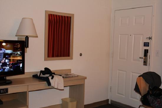 Motel 6 Coeur D'Alene: Desk