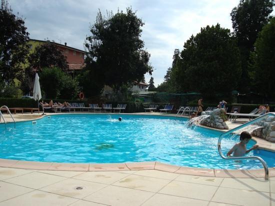 Albergo Ristorante Belvedere : het leuke zwembad