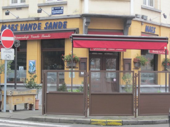 Vande Sande: exterior view from rue de l'Armistice