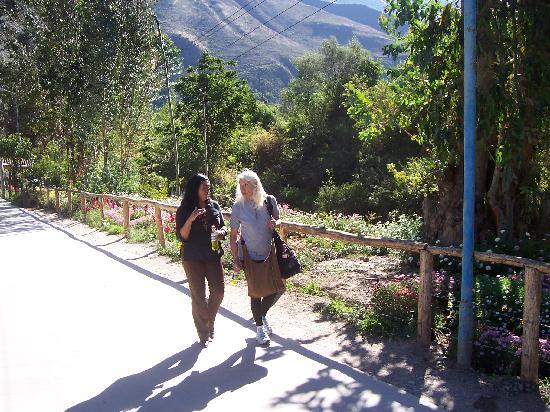Casa de Mama Cusco Recoleta: Maria y Marina en compañia