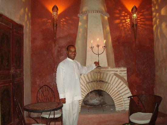 Riad les Inseparables: Aziz