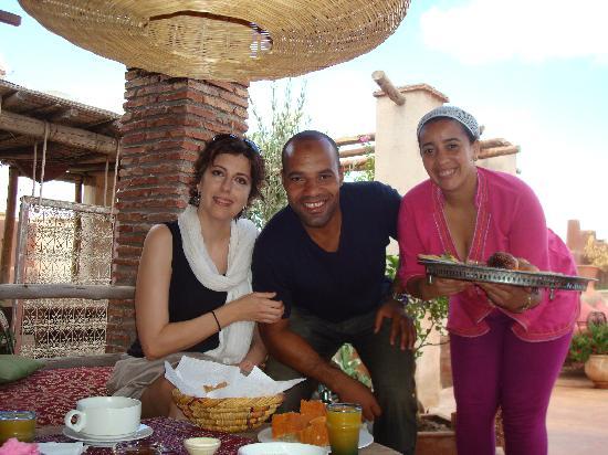 Riad les Inseparables: marie, Khadija, Aziz