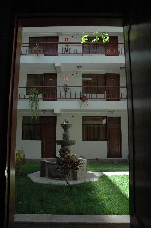 Antawasi Hotel: patio interno, para el relax de nuestros pasajeros