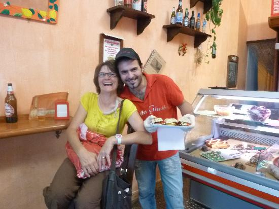 Gusto Giusto: Gian tries out a new baguette filling