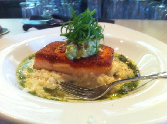 Stonehill Restaurant and Tavern: organic spring salmon with asparagus & prawn risotto
