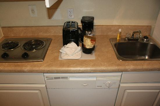 Suburban Extended Stay: Kitchen