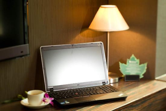 Hotel Bonaparte by Rhombus : In-room broadband Internet