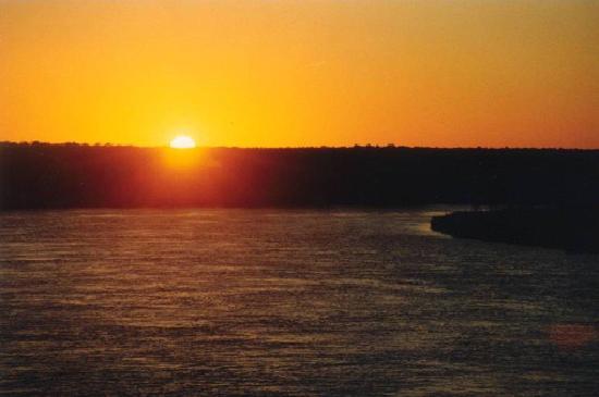 Budget Host Inn: Altamaha River - Baxley, GA