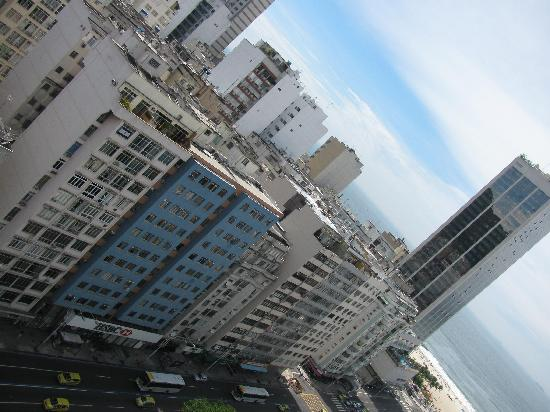 Windsor Plaza Copacabana Hotel: Front View from Roof Top