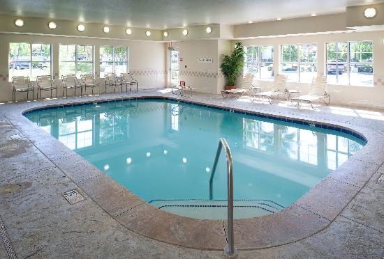 Residence Inn San Bernardino: Indoor Pool & Spa