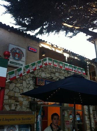 Louie Linguini's: exterior