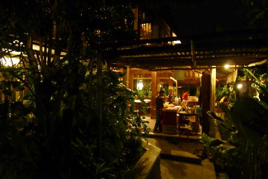 Warung Lela: Upper dining pavilion