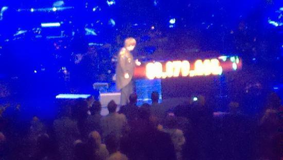 Elton John - The Million Dollar Piano: EJ-2