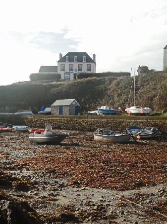 Hotel la Duchesse Anne : l'hôtel vu du port