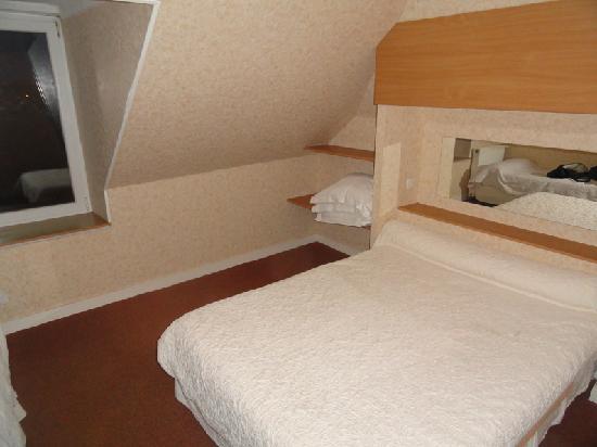 Ouessant, France: une chambre du dernier étage