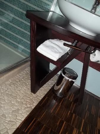 Hotel Ristorante Allegria: Bagno - Particolare 2