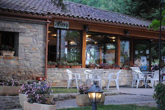Hôtel La Truite Dorée : vue sur le bar
